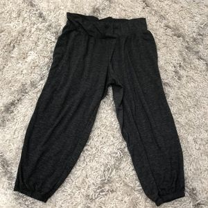 Gray Victoria's Secret pants size M